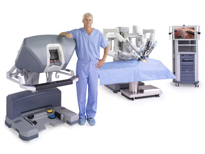 000509_si_male_surgeon_standing_at_console_400x300-1