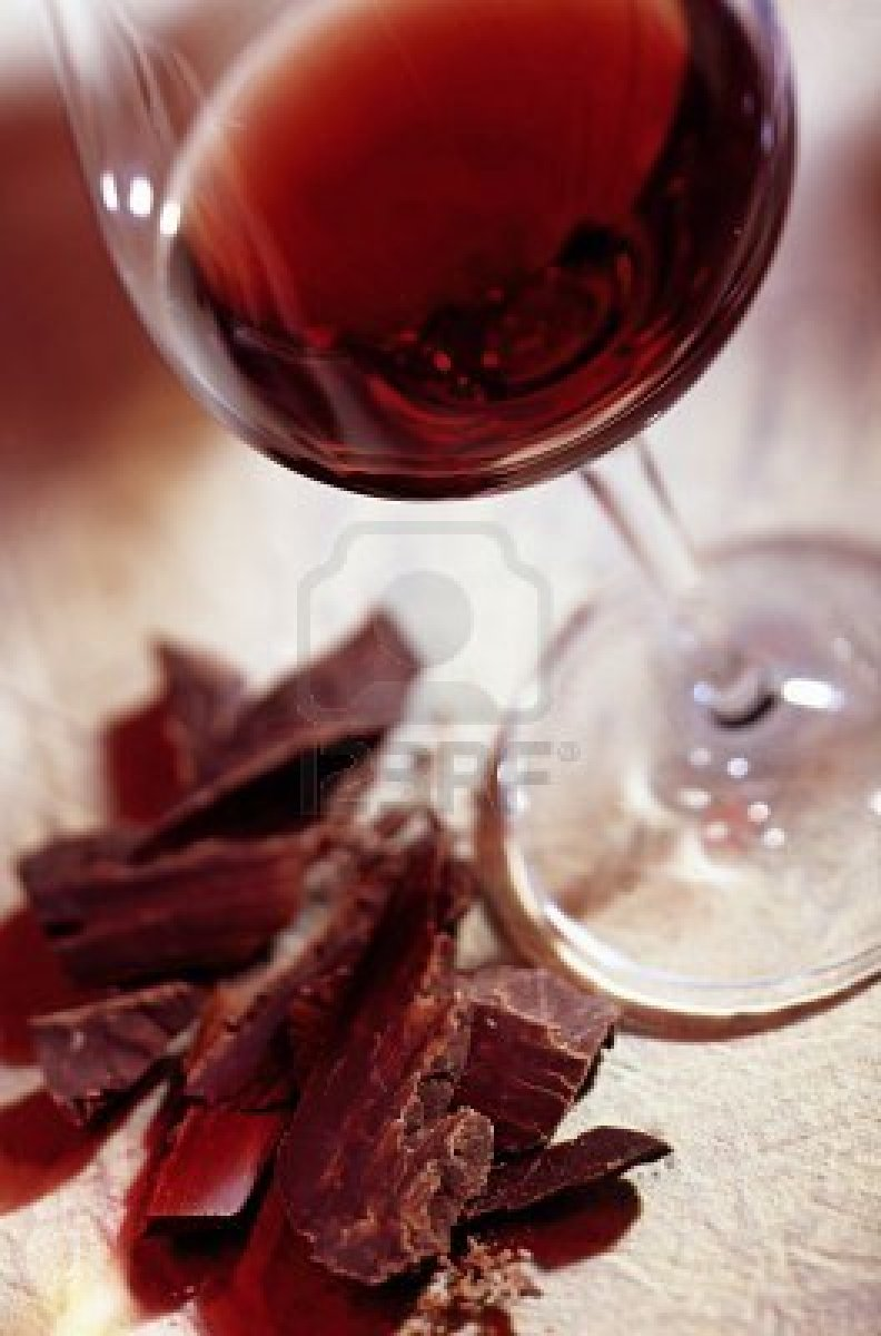 8287910-glass-of-red-wine-with-chocolate