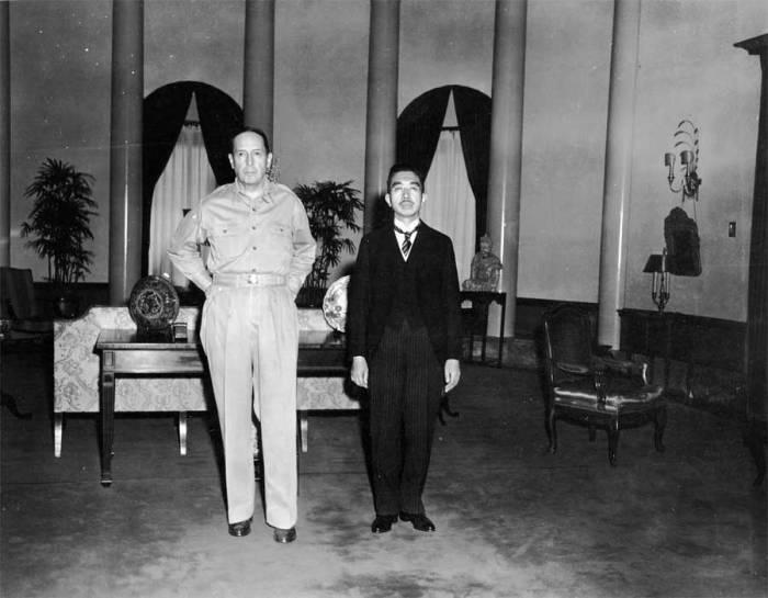 Hirohito1