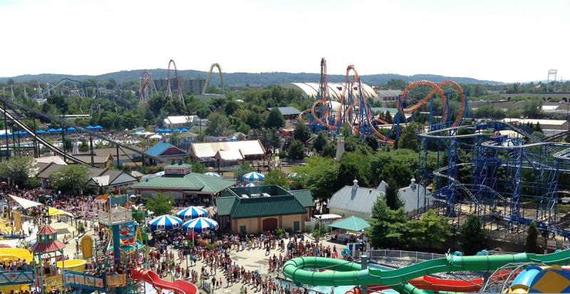 1200px-Hersheypark_view_from_Ferris_Wheel _2013-08-10_(cropped)
