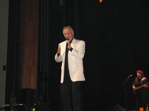 Righteous Brother Bill medley