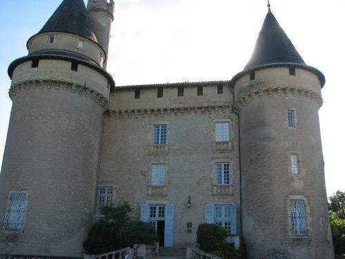 Chateaux de Mercues Hotel