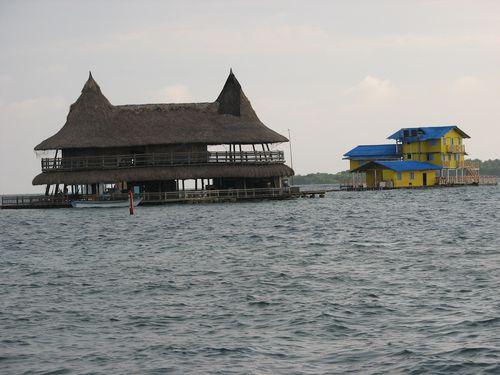 Private Islands Near Isla Mucura
